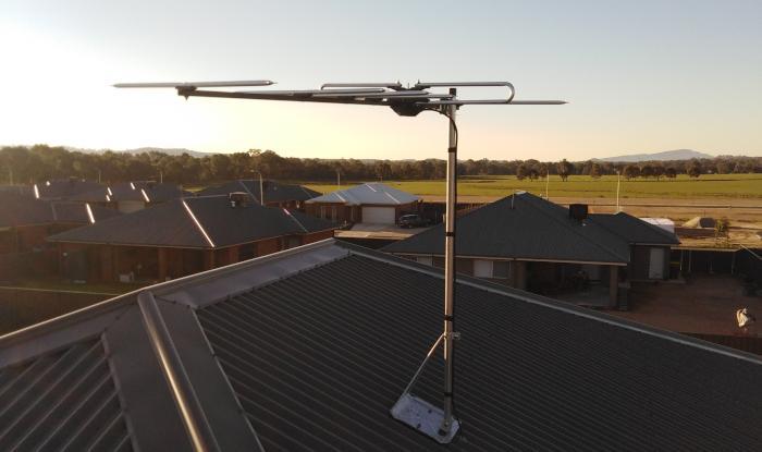 TV Antenna with overview of Albury Wodonga